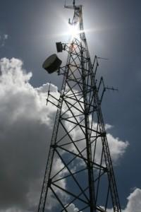 Aseguran que celulares clandestinos invadirán a la isla