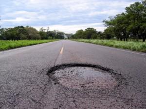 DTOP a reparar 316 carreteras y a tapar más de 5 mil hoyos