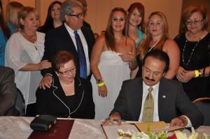 Mayagüez otorga $200 a estudiantes graduandos de duodécimo grado