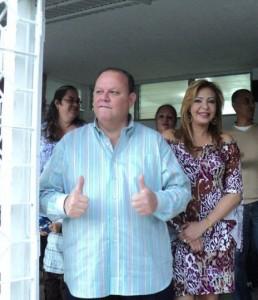 Suenan campanas de boda para senadora Vázquez