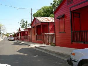 Incendio consume históricas residencias en la Ciudad Señorial
