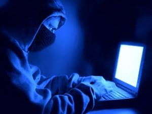 """Secretario de Defensa advierte sobre """"Pearl Harbor"""" cibernético"""