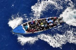 Rescatan 13 indocumentados, haitiano perece ahogado
