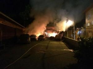 Fuego destruye residencia de anciano en Mayagüez