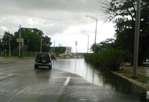 """Se vuelve a inundar """"El Litoral"""" en Mayagüez"""