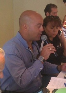 """Presidente Asociación de Comerciantes de Boquerón exige García Padilla identifique negocios donde """"se roban la luz"""""""