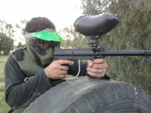 """Policía le dispara a menor que le apunta con rifle """"gotcha"""" en Yauco"""