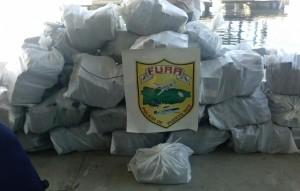 Ocupan más de mil kilos de cocaína cerca de Caja de Muerto