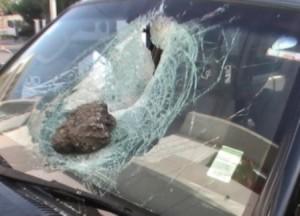 Mucho más grave de lo que aparenta problema piedras lanzadas desde puente peatonal en Mayagüez