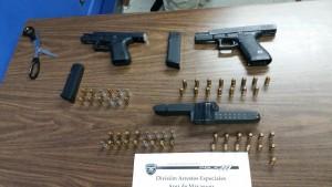 Armas ocupadas durante el arresto de Michael Lucas Librán (Suministrada Policía).