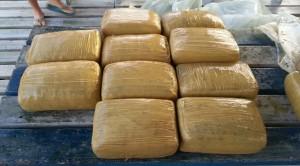 Hallan fardos de marihuana frente a costas de Lajas y Cabo Rojo