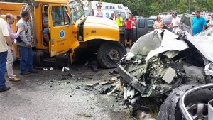 Accidente grave con camión de la AEE en Aguada