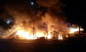 """""""Ilegal"""" la pirotecnia que estaba en almacén incendiado en Hormigueros"""
