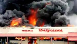 Convocan trabajadores afectados por fuego en centro comercial Cuatro Calles de Yauco