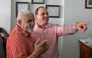 """""""Le caen chinches"""" al representante Armando Franco por expresiones grabadas"""