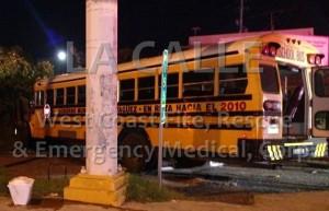 Seis lesionados anoche en choque con guagua que llevaba delegación de béisbol de Pequeñas Ligas en Mayagüez