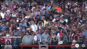 """Cámaras captan al """"Tigre"""" Hernández Mayoral como parte del público en horas laborables durante la visita del Papa Francisco a Washington"""