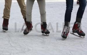 A patinar sobre hielo gratis en la Plaza Colón de Mayagüez