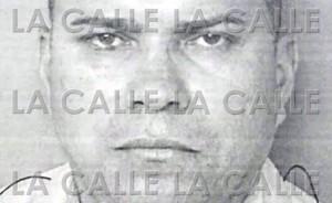 Policía de Mayagüez circula foto de la ficha de agente denunciado por Ley 54