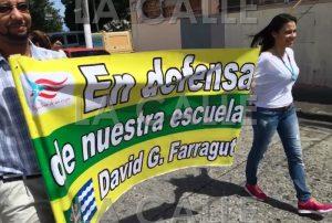 Comunidad de la escuela Farragut de Mayagüez marcha en contra de que le quiten el sexto grado