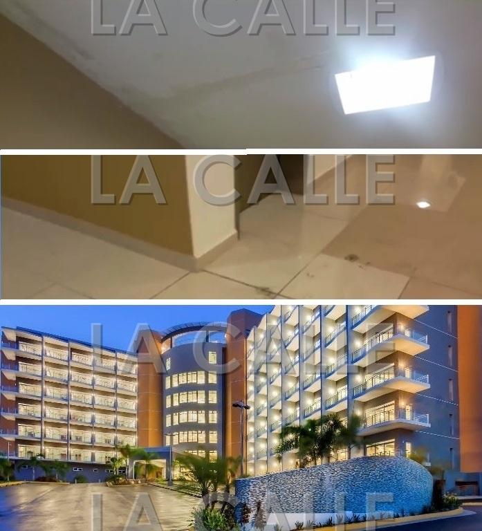 Parte de las filtraciones y los baches dentro del Hotel Las Cascadas (Fotomontaje LA CALLE Digital).