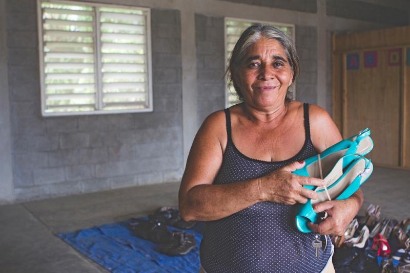 La Cámara Junior de San Germán comenzó su campaña de recolección de pares de zapatos en buenas condiciones (Suministrada).