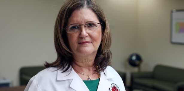 Dra. Ana Ríus, secretaria de Salud (Archivo).