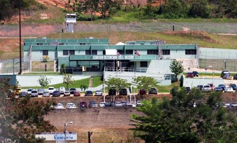 Familiares de confinados alegan supuestas violaciones de derechos en el penal mayagüezano (Archivo).