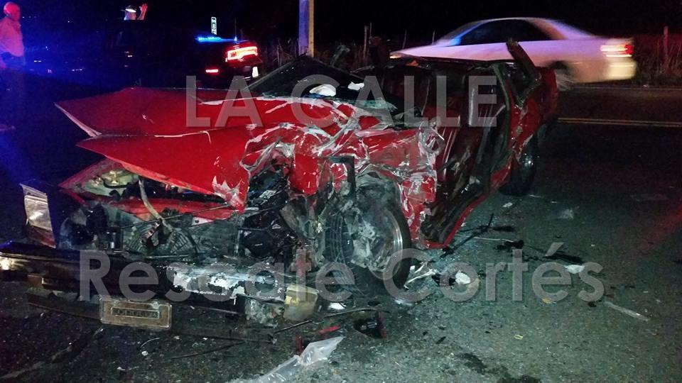 Condición en que quedó el vehículo conducido por Joaquín Acevedo Vargas, quien falleció en el choque (Foto Rescate Cortés).