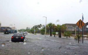 Policía advierte sobre inundaciones en carreteras de Mayagüez, Hormigueros y Añasco