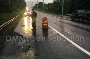 "Denuncian ""inminente"" colapso de carretera PR-111 en San Sebastián"