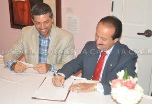 Formalizado el traspaso del Zoológico al Municipio de Mayagüez