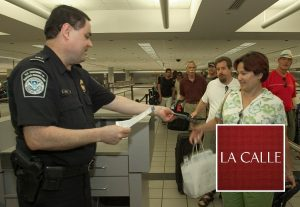 Recomendaciones de Aduana para viajeros internacionales en Acción de Gracias y Navidad