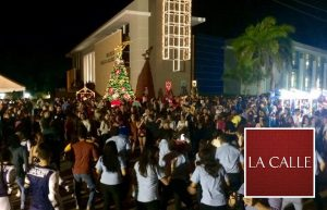 UPR de Aguadilla celebra su encendido navideño