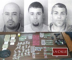 Arrestan tres adultos y un menor por cargos de drogas y armas en Cabo Rojo