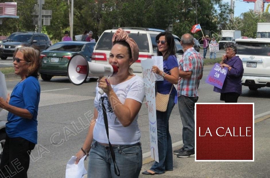 La manifestación desde otro ángulo (Julio Víctor Ramírez, hijo/LA CALLE Digital).