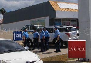Solitario ladrón asalta esta mañana sucursal Banco Popular de Hormigueros