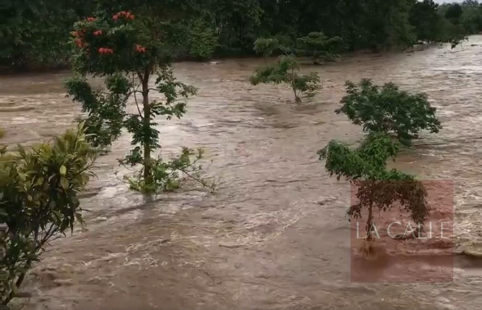 A tempranas horas de la mañana, el Río Guanajibo continuaba sobre su nivel de inundación (Captura de pantalla).