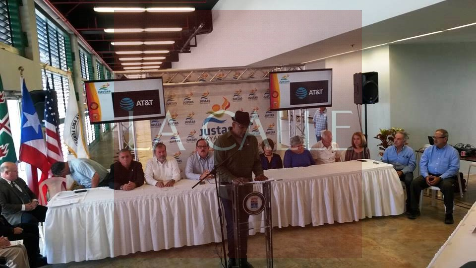 Participantes en la conferencia de prensa sobre las Justas de la Liga Atlética Interuniversitaria (LAI) 2017 (Foto Julio Víctor Ramírez, hijo/LA CALLE Digital).