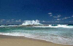 Siguen incidentes con niños en playas Noroeste… Rescatan dos esta mañana en Playa Montones de Isabela