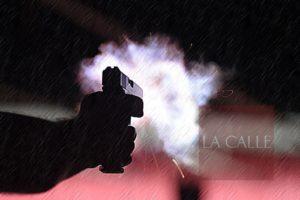 Le entran a tiros anoche a residencia en Boquerón