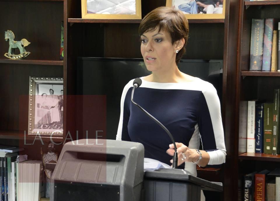 Lcda. María de Lourdes Santiago, Comisionada Electoral del PIP (Archivo).