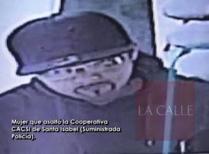 Mujer disfrazada de hombre robó esta mañana más de $7 mil de la Cooperativa de Santa Isabel