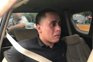 "Llora como ""magdalena"" asaltante de Banco Popular de Sabana Grande"