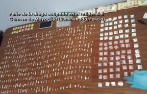 Arrestan dos presuntos vendedores de drogas en el caserío Carmen de Mayagüez