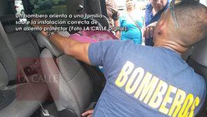 Alcalde de San Germán, Comisión de Seguridad en el Tránsito y Bomberos entregan asientos protectores de niños (Vídeo y fotos)