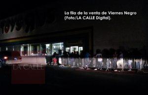 """Comienzo de las ventas de Viernes Negro """"a lo oscuro"""" en el Toys R Us de Mayagüez (Fotos)"""