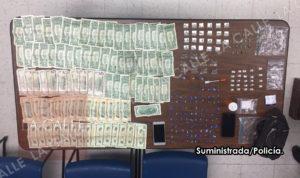 """Ocupan droga y dinero… Arrestan principal vendedor del """"punto"""" del residencial Roosevelt de Mayagüez"""