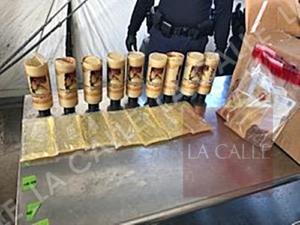 Federales confiscan 9 libras de cocaína liquida dentro de botellas de champú en el Ferry
