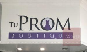 Busca ayudar a estudiantes de escasos recursos… Tu Prom Boutique, una tienda con propósito en Mayagüez Mall
